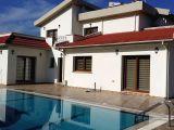 Satılık villa, 4 yatak odalı, 360 m²