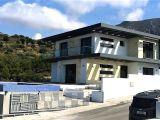 Satılık villa, 4 yatak odalı, 230 m²
