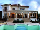 Satılık villa, 3 yatak odalı, 200 m²